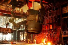 متوسط رشد قیمت یکساله تیرآهن و سیمان به ۴۰ درصد رسید