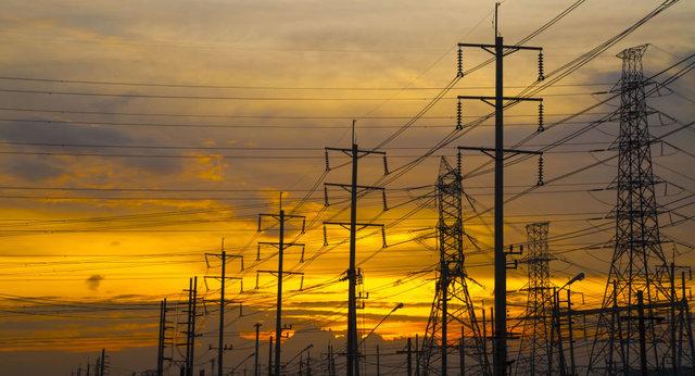 ایران بازار برق عراق را از دست نخواهد داد