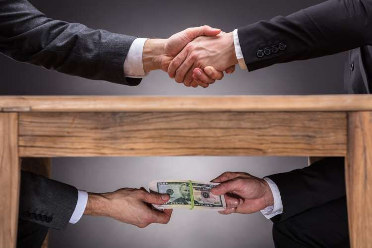 ارتباط مستقیمی بین توسعه دولت الکترونیک و مبارزه با فساد وجود دارد