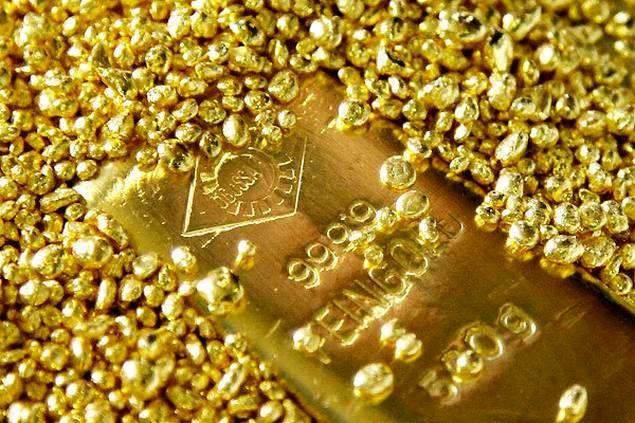 رکورد تاریخی قیمت جهانی طلا باز هم شکسته شد: ۲,۰۵۵ دلار