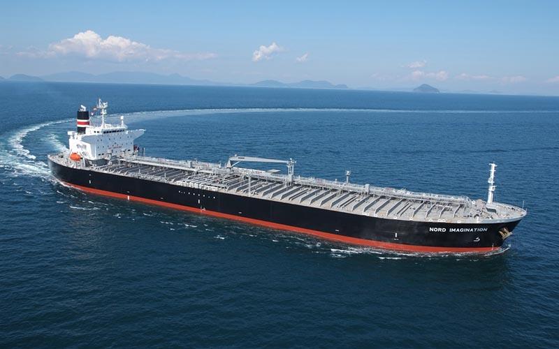 ۲۰ میلیون بشکه نفت در روز از تنگه هرمز عبور می کند