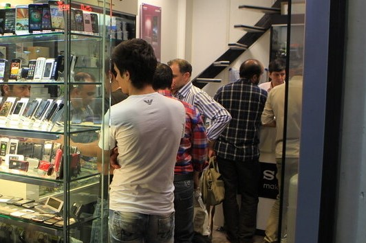 گمرک اعلامکرد: افزایش ۸۵ درصدی واردات تلفن همراه