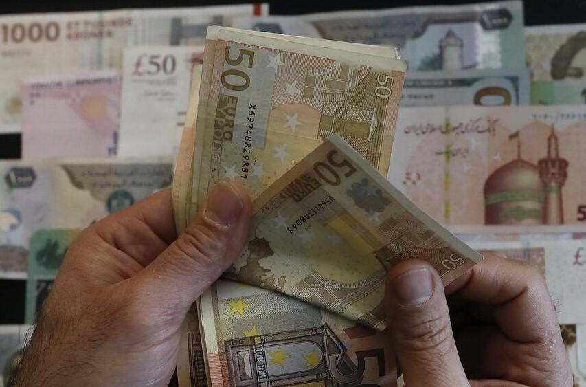 ۲۵ مهرماه ۱۴۰۰؛ نرخ رسمی ۴۶ ارز ثابت ماند