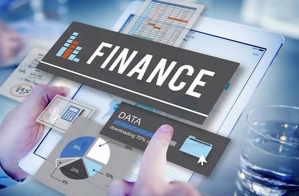 تحقق ۳۰ میلیارد دلار فاینانس بعید است/ باید در سیستم بانکداری بینالمللی باشیم