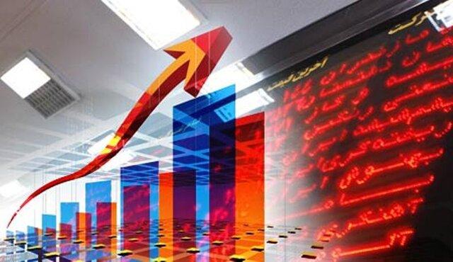 بورس امسال ۱۵۷ درصد رشد کرد