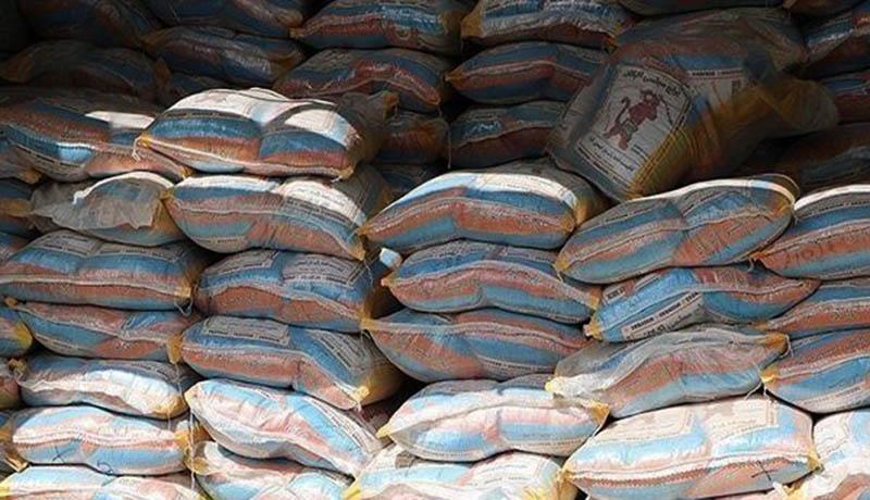 انتقاد از عدم ترخیص ۸۰ هزار تن برنج رسوبی در گمرکات