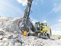 معاون وزیر صنعت مطرحکرد: سرعتبخشی به برنامه ۲ میلیون متر حفاری معدنی با تامین تجهیزات